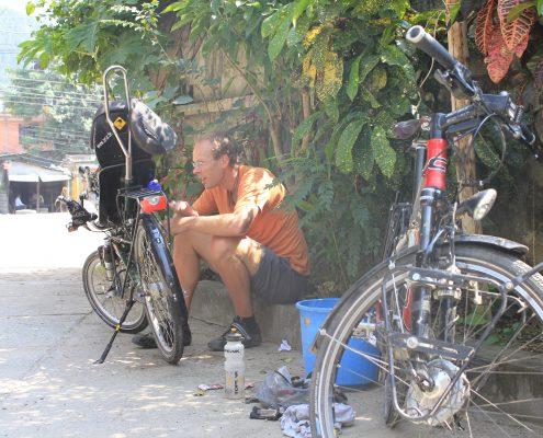 Schrauben un Putzen der Räder