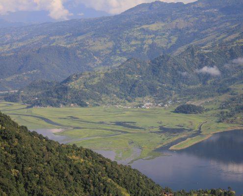 Blick von der Weltfriedens Pagode Pokhara