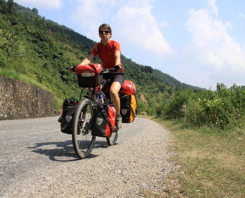 Mitd em Fahrrad durch Nepal
