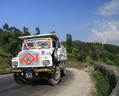 LKW in Nepal